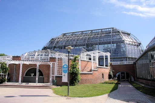 The glasshouses and gardens in front of them ©Ken Woolfenden