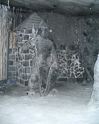 Statue in the Wieliczka Salt Mine©K.Woolfenden
