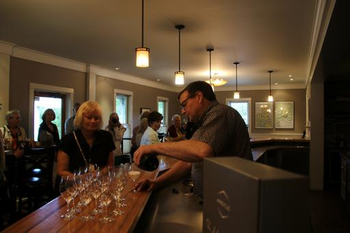 Setting up for our tasting©Ken Woolfenden