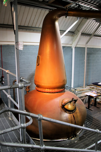Kingsbarns copper still©Ken Woolfenden