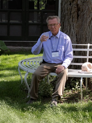 Sixten Widberg enjoying a seat and drink in 2014 in the USA©Ken Woolfenden